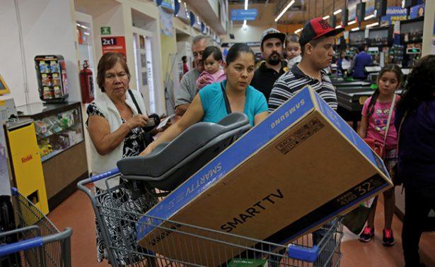 Registra descenso Índice de Confianza del Consumidor ; van 18 meses a la baja