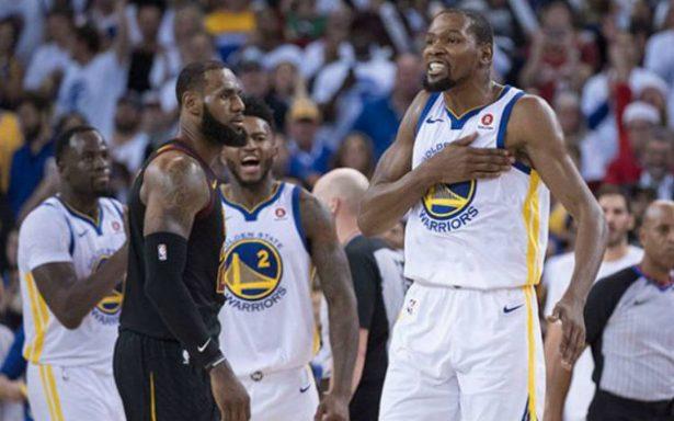 ¡Poder navideño! Warriors impone su ley ante Cavaliers