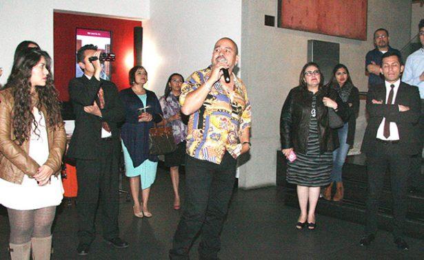 Pepe Padilla da a conocer sus obras plásticas en galería de arte