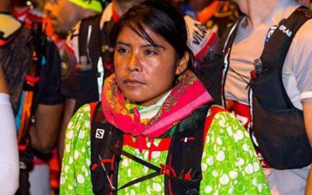 En huaraches, rarámuri alcanza el tercer lugar del ultramaratón europeo