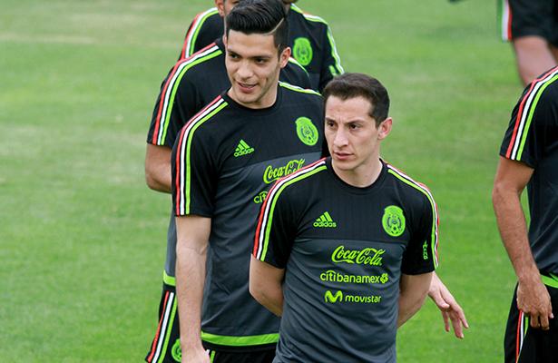 """""""El Principito"""" Guardado, baja de la Selección mexicana"""