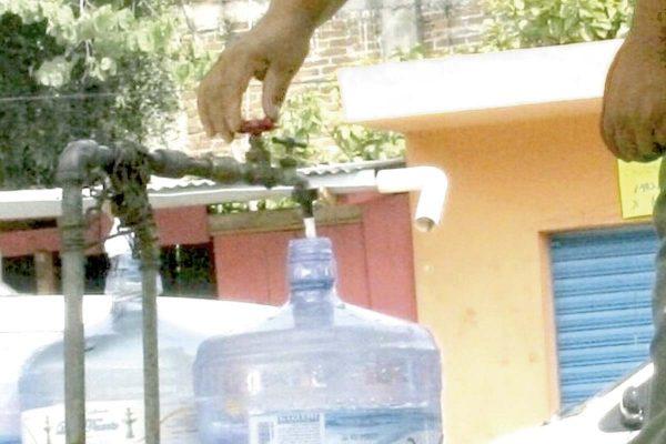 Tragedia por sequía ronda a la región