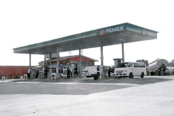 Asaltan gasolinería y se llevan cajero