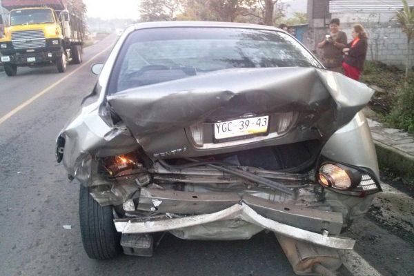 Impacta camioneta  a Sentra