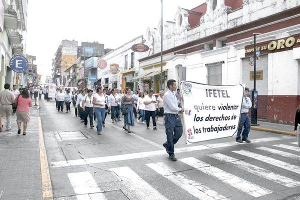 Se preparan trabajadores de Telmex para huelga