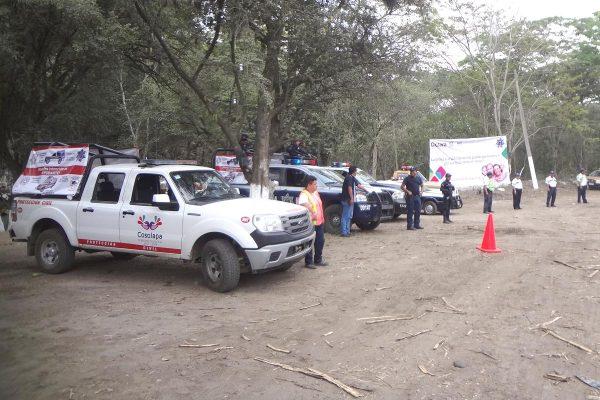 Blindan corporaciones policiacas tramo estatal Cosolapa-Acatlán