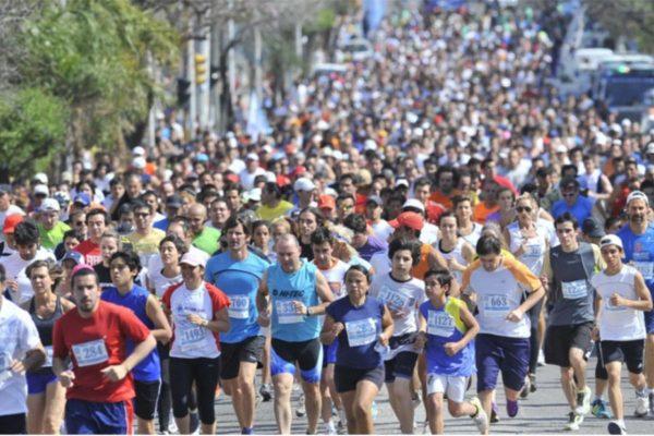 Se anima la cuarta edición del medio maratón Huilango