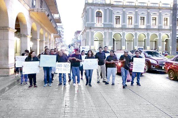 Marchan periodistas para  exigir alto a los crímenes