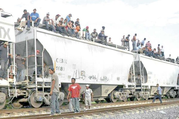 Bajan casi 50% las  deportaciones de veracruzanos en EU