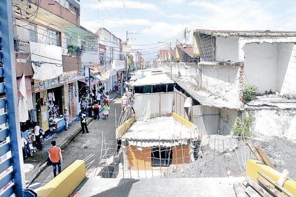 Ayuntamiento no descarta desalojo de locatarios