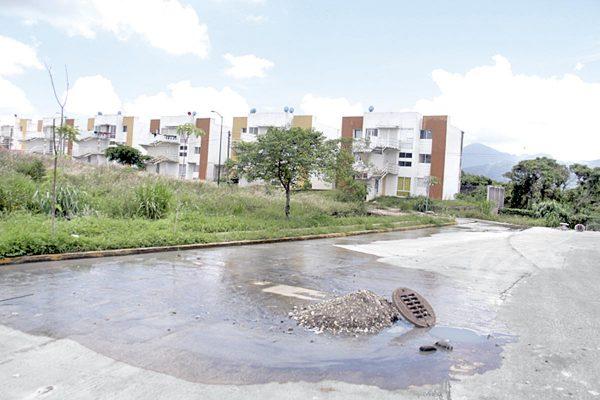 Familias de Colinas de San José no serán desalojadas