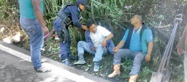 Vuelcan jornaleros  en Totutla