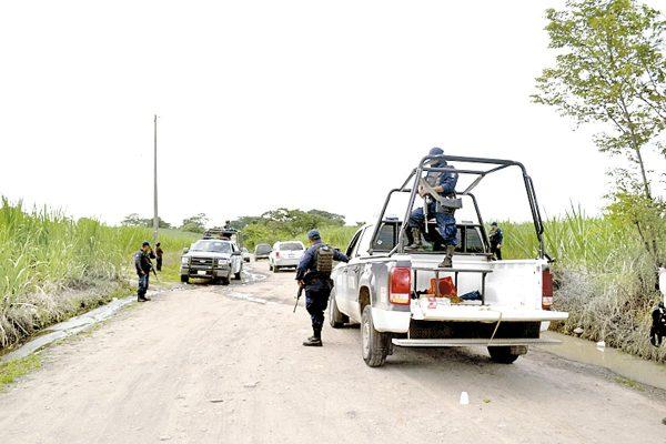 Saquea delincuencia dos escuelas de Omealca
