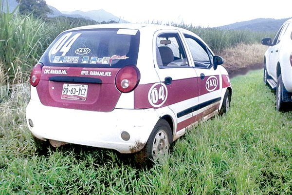 Toman por asalto  taxi de Yanga