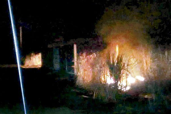 Alarma por incendio de charco de  gasolina entre Omealca y Xúchiles