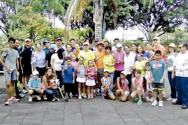 Zamudio y Ranzahuer ganaron el tenis en el Club Azucareros