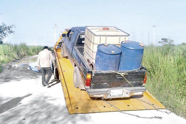 Decomisa SSP camioneta con gasolina robada