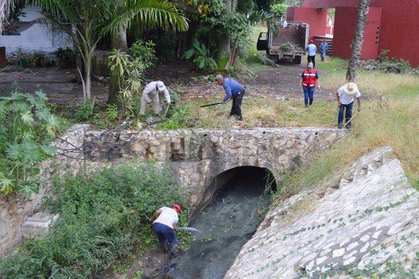 Monitorean  ríos de Atoyac