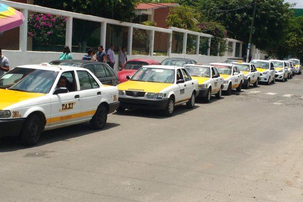 Asesinatos y los robos preocupan  a taxistas
