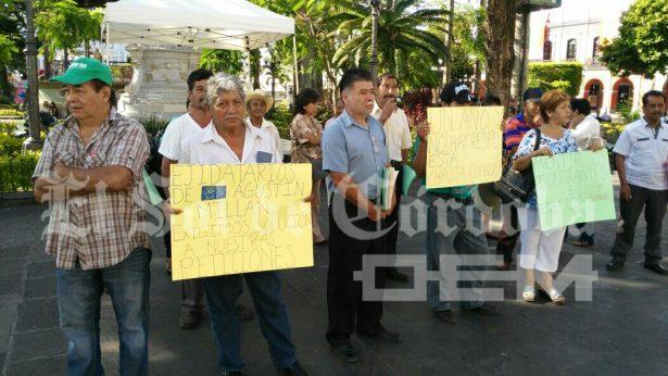 Vecinos de A. Millán exigen constancia de posesión