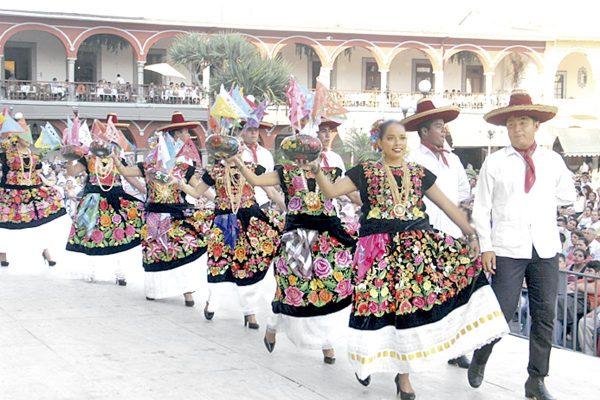 La Guelaguetza cautivó a Córdoba