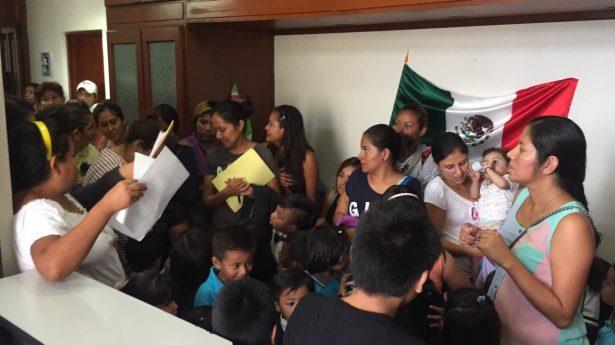 Maestros y padres de familia claman supervisión de Protección Civil en Kinder Rosaura Zapata