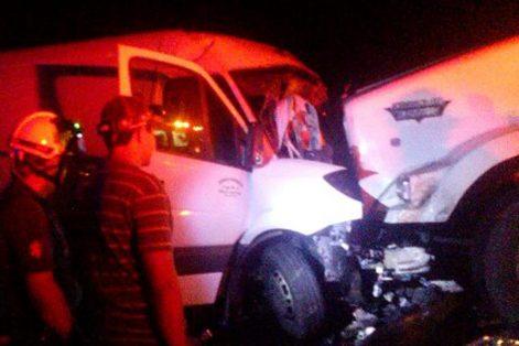 Muere conductor prensado