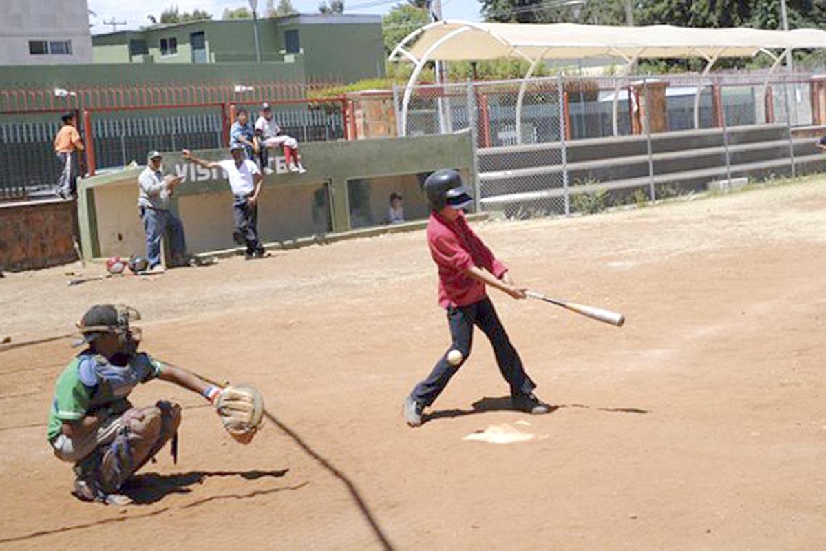 Con el duelo entre El Nanche y Cuitláhuac se pondrá en marcha la nueva temporada del beisbol infantil de la Liga 30 Caballeros.