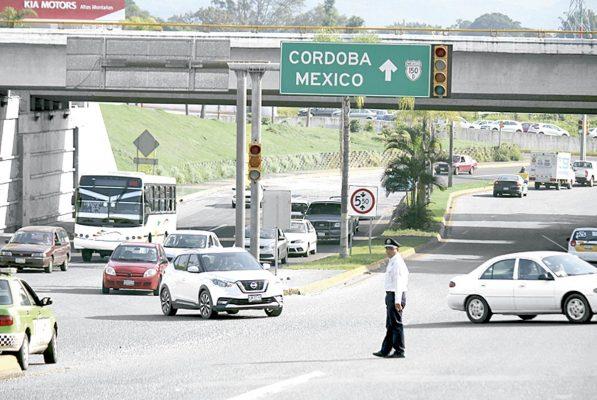 Distribuidor vial Diamante, un riesgo por semáforos inservibles