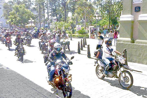 El motociclismo  detona el turismo