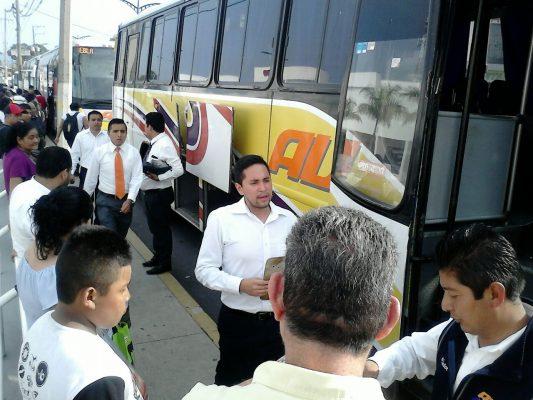 Caos en la terminal  de autobuses ADO Córdoba