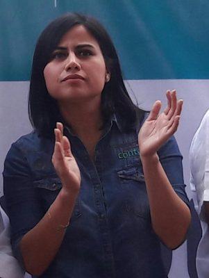 Se niega Indira Rosales a revelar cuál es la situación de pobreza de Veracruz
