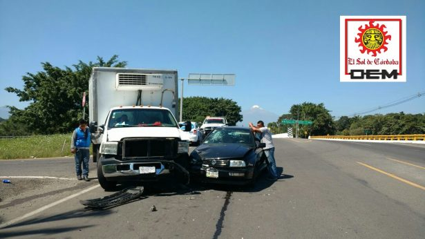 Tres heridos en choque