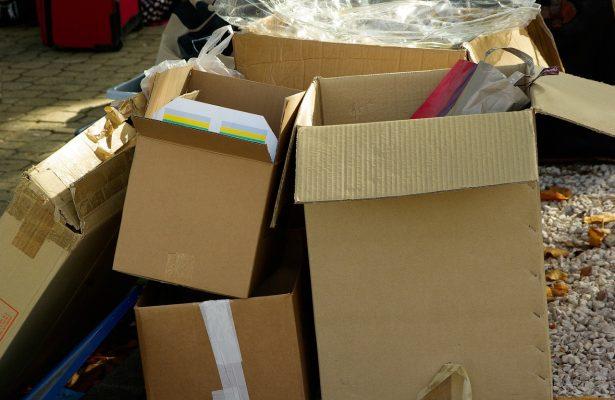 Encuentran a recién nacido en una caja de cartón en Coatzacoalcos