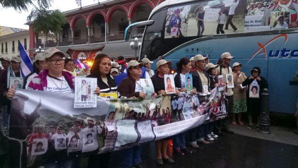 Procedentes de Acayucan arriba caravana de Madres Centroamericanas a Córdoba