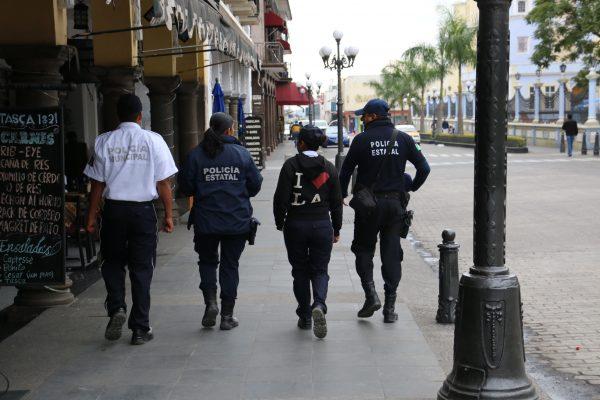 Policías municipales carecen de equipo para dar protección