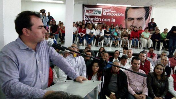 Se reúne Pepe Yunes con militancia priista