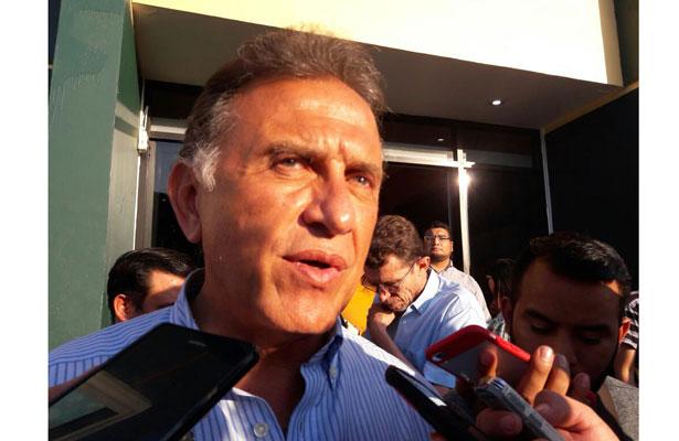 Señalamientos de departamento son ridículos, declara gobernador Yunes Linares
