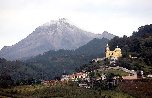 Advierten de incendios forestales por falta de hielo en el Pico de Orizaba