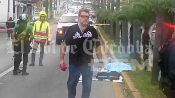 Atropellan a dos mujeres en la avenida 11; una murió en el lugar