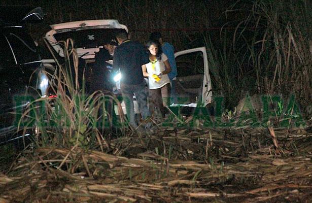 Ubican a dueña de auto donde hallaron bolsas con restos humanos anoche