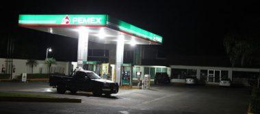 Asaltan supermercado en El Dorado y la gasolinera de calzada Morelos