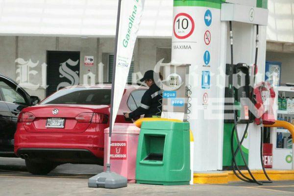 Bajan ventas de gasolina premium
