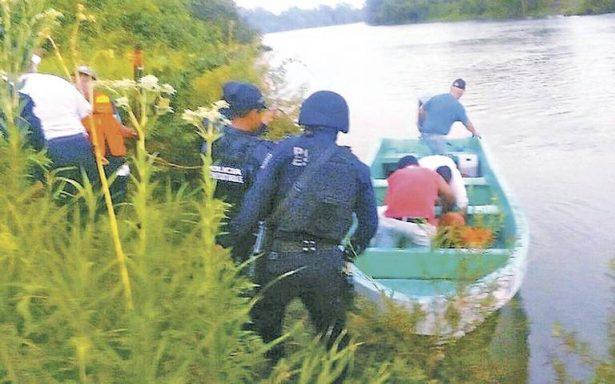 Hallan cuerpo de mujer degollada a orilla de río; presentaba huellas de tortura