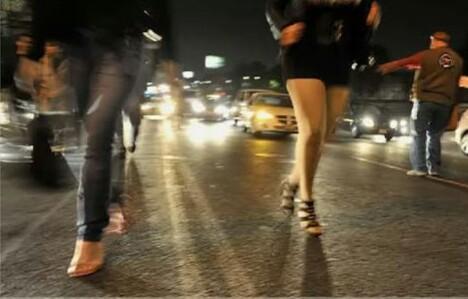 Mujer escapa de sus opresores; la obligaron a prostituirse durante meses
