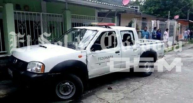 Emboscan a policías; matan a uno y lesionan a dos