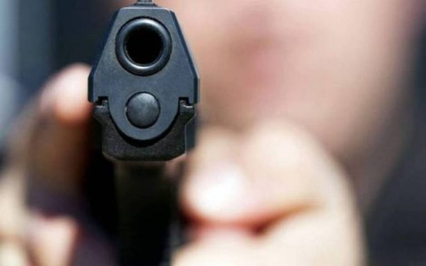 Huachicoleros rafaguean a policías municipales