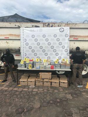 PGR incauta 7 millones de dólares; dos detenidos