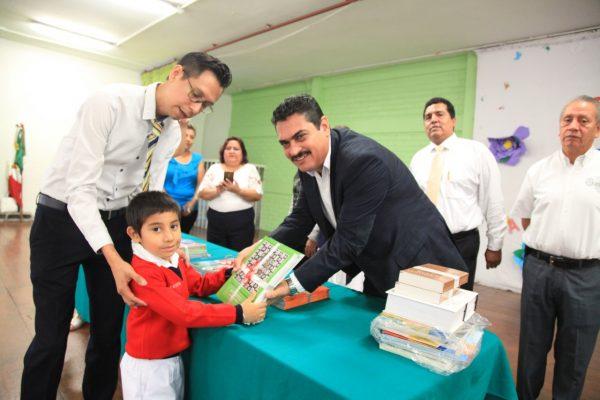 Más de 146 mil alumnos de educación básica iniciaron clases hoy en zona de Córdoba