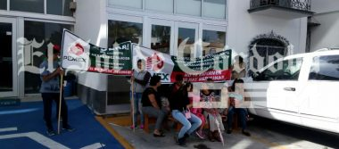 Protestan jubilados y Pensionados de Pemex
